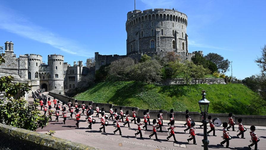 Во время церемонии похорон супруга королевы Великобритании Елизаветы II герцога Эдинбургского Филиппа в Виндзорском замке, 17 апреля 2021 года