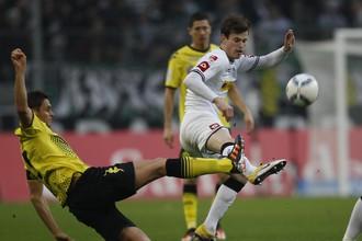 Лидеры бундеслиги в Менхенглабахе разошлись миром и турнирную таблицу возглавила «Бавария»