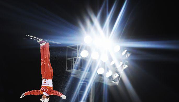 Российские хоккеисты Илья Ковальчук, Илья Каблуков, Владислав Гавриков и Сергей Калинин радуются заброшенной шайбе в ворота Словении на Олимпиаде-2018