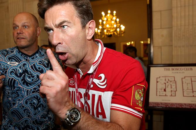 Лидер группы «Несчастный случай» Алексей Кортнев и певец Валерий Сюткин во время Олимпиады в Лондоне, 2012 год