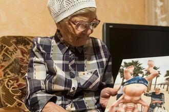 Пенсионерка из Красноярска Елена Ерхова (баба Лена) у себя дома в Красноярске, 2016 год