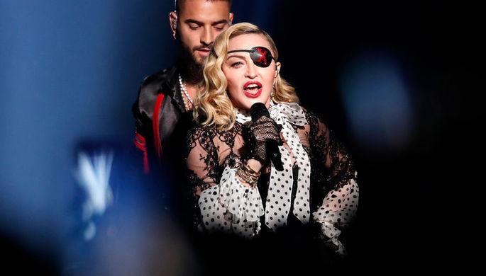Мадонна во время выступления на Billboard Music Awards, 2019 год