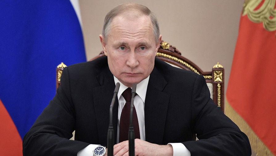 Путин потребовал наказать организаторов «групп смертей» в интернете