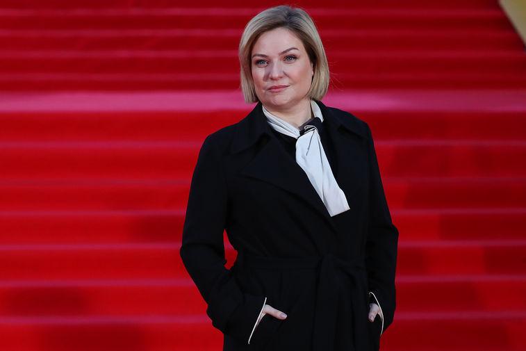 Министр культуры России Ольга Любимова на красной дорожке перед церемонией открытия 43-го Московского Международного кинофестиваля, 22 апреля 2021 года