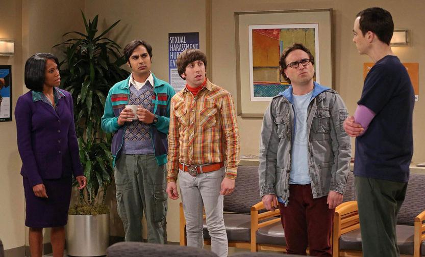Кунал Найяр, Саймон Хелберг, Джонни Галэки и Джим Парсонс в шестом сезоне сериала «Теория большого взрыва» (2012)