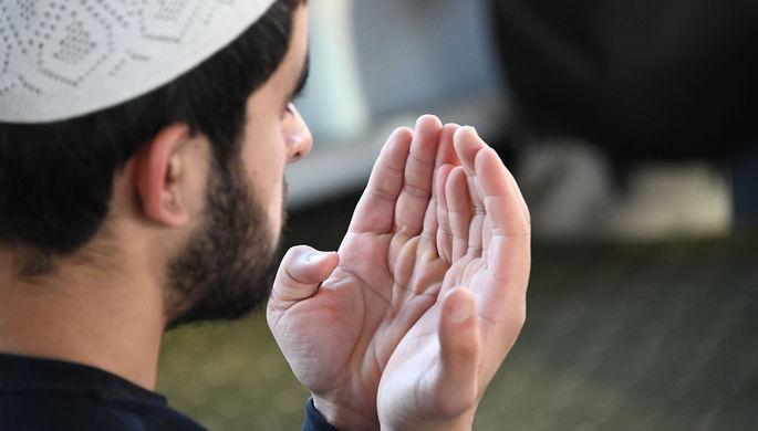 Намаз онлайн и поход на кладбище: мусульманам дали советы по празднованию Ураза-байрама