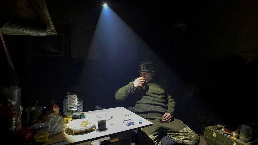 Не сошлись мнениями: боец ВСУ пострелял по «азовцам»
