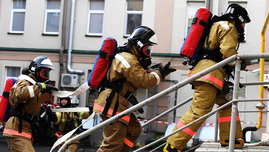 Двое детей погибли при пожаре в доме в Саратове