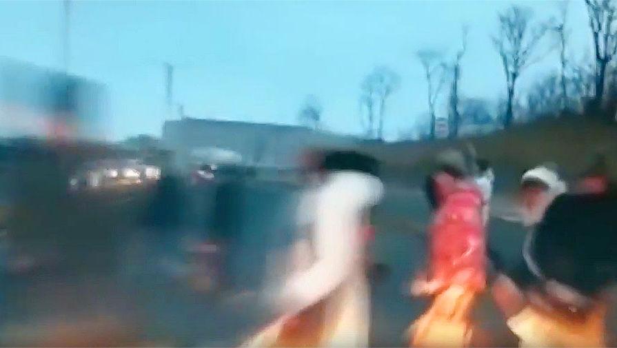 следующем во владивостоке женщина сбила пешеходов видео офисного