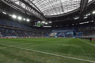 Из-за некачественного газона на арене «Санкт-Петербург» местный «Зенит» хочет провести заключительный домашний матч сезона на стадионе «Петровский»