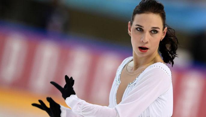 Алена Леонова выступает в произвольной программе женского одиночного катания финала Кубка России, 22 февраля 2019 года