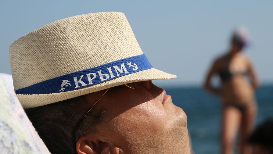 Путин запретил иностранцам владеть землей в Крыму