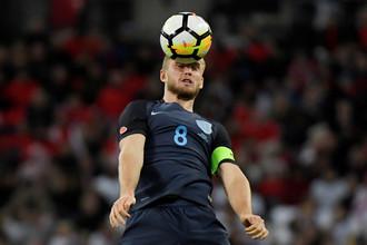 Игрок сборной Англии Эрик Дайер