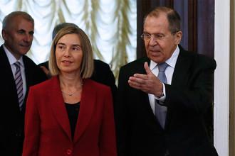 Верховный представитель Евросоюза по иностранным делам и политике безопасности Федерика Могерини и министр иностранных дел России Сергей Лавров во время встречи в Москве, 24 апреля 2017 года