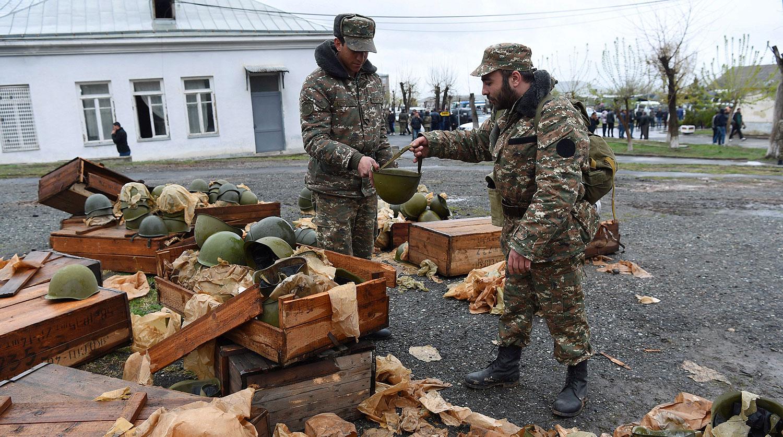 В Нагорном Карабахе начались масштабные боевые действия - Газета.Ru