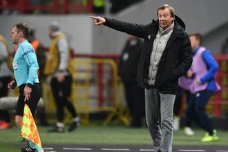 Главный тренер «Локомотива» Юрий Семин во время матча с «Фаставом»