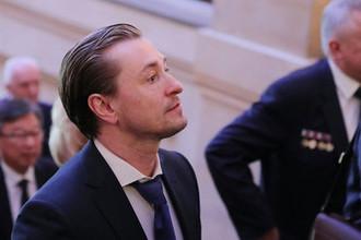 Художественный руководитель Московского Губернского драматического театра Сергей Безруков перед началом церемонии инаугурации президента России Владимира Путина в Кремле, 7 мая 2018 года