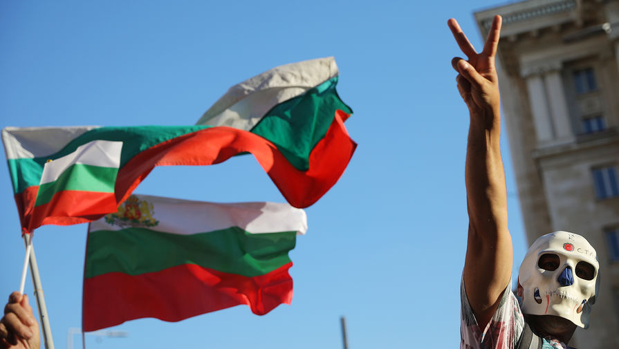 Изгнать мафию: как протесты в Болгарии отразятся на России