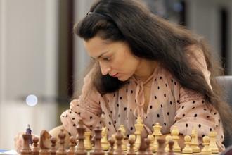 Александра Костенюк в игре на этапе Гран-при ФИДЕ в июне прошлого года