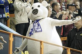 Маскот «Медвешчака» для КХЛ банален