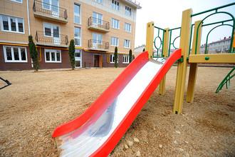 Столичные власти признали факты многократного завышения цен на обустройство детских площадок