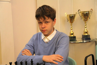 15-летний Владислав Артемьев, несмотря на юный возраст, даст фору многим мастерами
