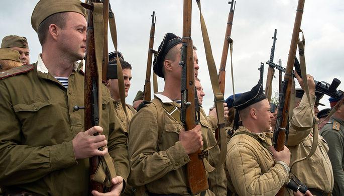 Участники военно-патриотического фестиваля в Севастополе, май 2017 года
