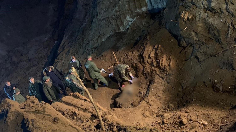 На месте обнаружения тел депутата Раменского района Подмосковья Татьяны Сидоровой и троих членов ее семьи, которые были убиты в 2012 году