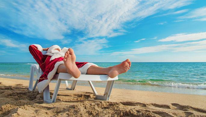 Дед Мороз и пляжи: как россияне экономят на отдыхе