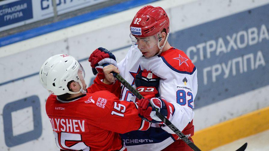 Анатолий Голышев (слева) против Кирилла Воробьева