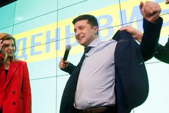 Кандидат в президенты Украины Владимир Зеленский в штаб-квартире своей кампании в Киеве после объявления результатов первых экзитполов, 31 марта 2019 года