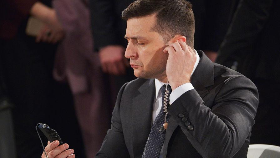 """Зеленский объявил """"возвращение"""" Крыма национальной идеей Украины"""