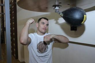 Дмитрий Чудинов перед матчем с Патриком Менди