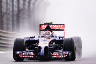 Усилившийся дождь подвинул Даниила Квята на 13-е место в квалификации Гран-при Китая