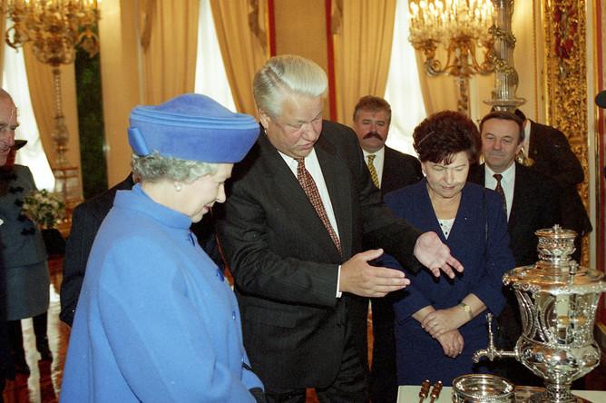 18 октября 1994 года. Визит Королевы Великобритании Елизаветы II в Москву. Фото: Дмитрий Донской / Президентский центр Б.Н. Ельцина