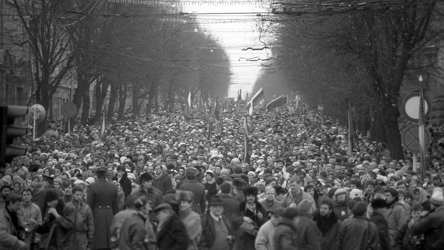 Митинг во время январских событий в Вильнюсе, 13 января 1991 года