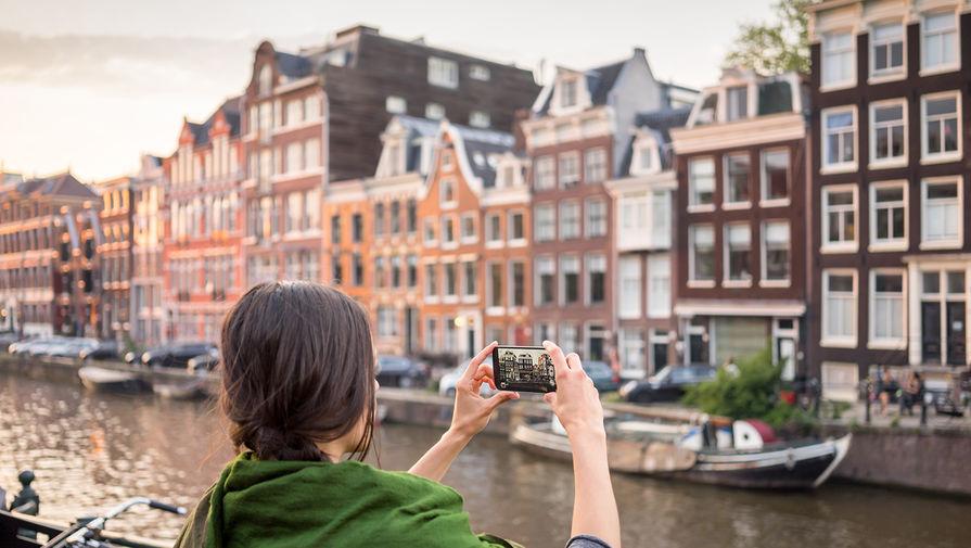 Работа в амстердаме для девушек липецк высокооплачиваемая работа для девушек