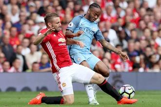 «Манчестер Сити» принимает на своем поле «Манчестер Юнайтед» в матче 26-го тура АПЛ