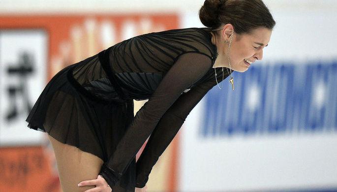 Аделина Сотникова выступает в произвольной программе женского одиночного катания V этапа Гран-при по фигурному катанию в Москве, 2015 год