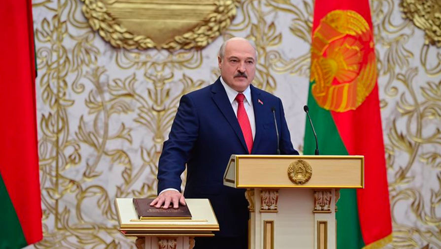 Александр Лукашенко во время тайной инаугурации во Дворце независимости в Минске, 23 сентября 2020 года