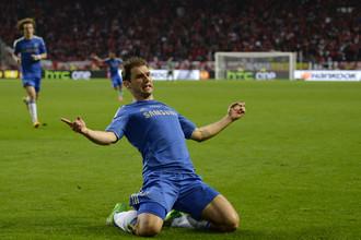 Бранислав Иванович празднует победный гол