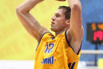 Сергей Моня набрал 17 очков в матче с «Триумфом»