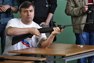 Следователи просят суд арестовать вице-губератора Омской области Юрия Гамбурга