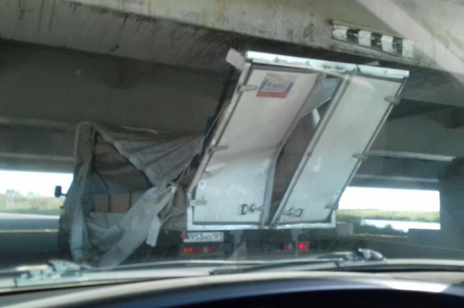 Инцидент с «Газелью» на Ленсоветской дороге, 25 сентября 2017 года