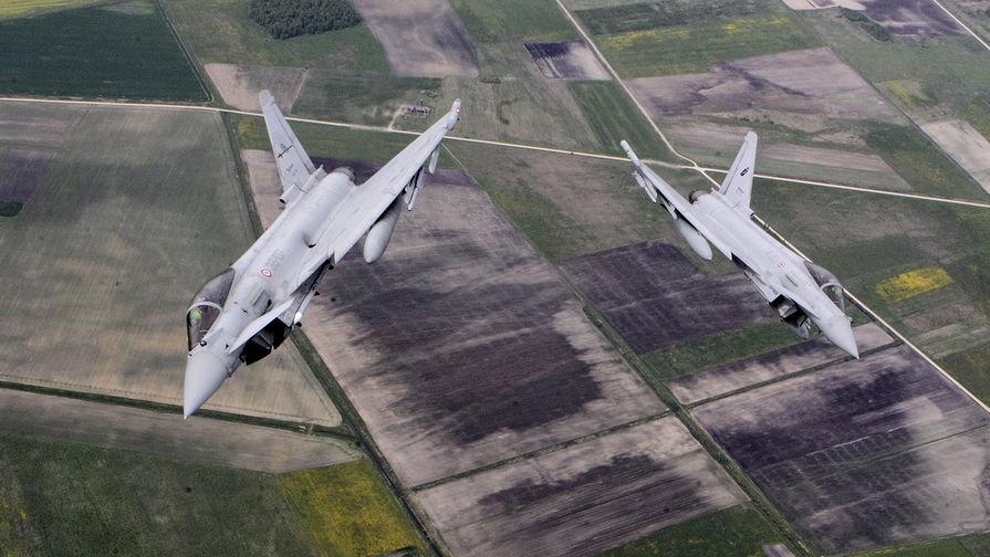 Истребители Британии подняли на перехват самолетов РФ