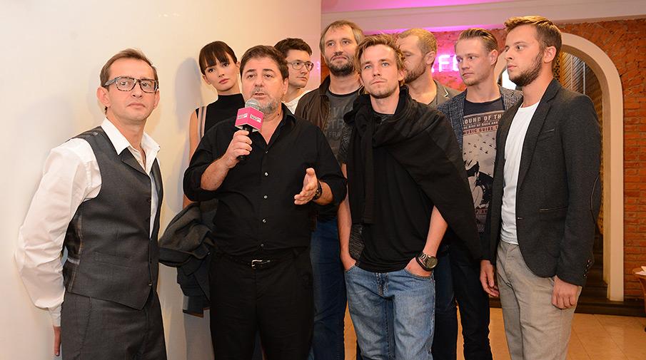 Съемочная группа «Метода» на премьере сериала в кинотеатре «Пионер»