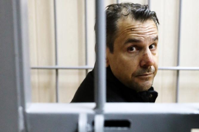Подозреваемый в нападении на ведущую радиостанции «Эхо Москвы» Татьяну Фельгенгауэр Борис Гриц перед началом рассмотрения ходатайства следствия об аресте в Пресненском суде Москвы, 24 октября 2017 года