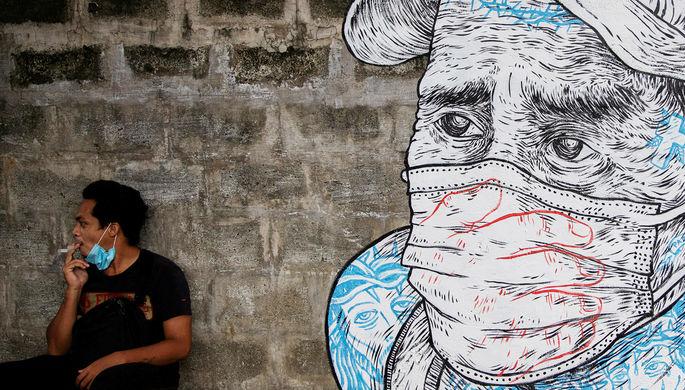 «Заражают прохожих»: чем опасно пассивное курение в пандемию