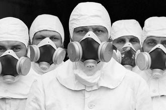Бригада ликвидаторов, занятая на восстановительных работах на третьем энергоблоке ЧАЭС, 1987 год