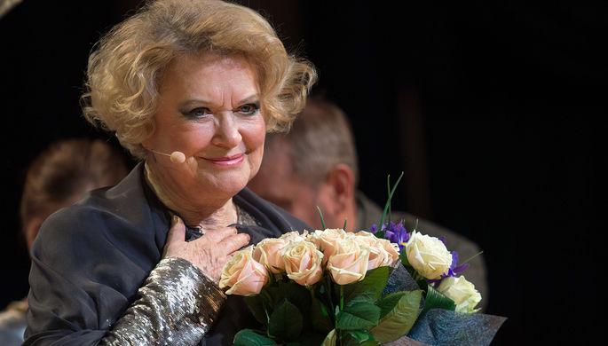 Актриса Валентина Талызина на творческом вечере «Что нужно для чуда?» в театре «Геликон-опера», 2016 год